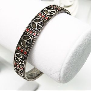 Lucky Brand • Peace Sign Bangle Bracelet in Silver